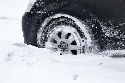 Snow car stuck disruption